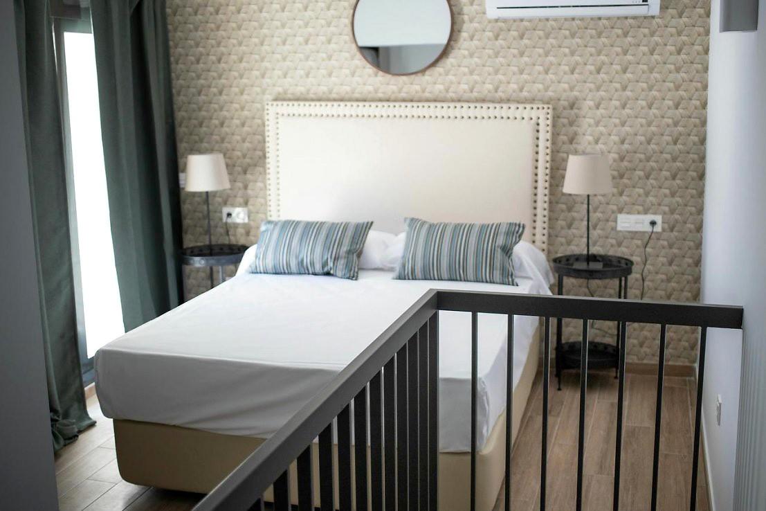Feelathome Mártires Apartments One Bedroom Duplex Apartment
