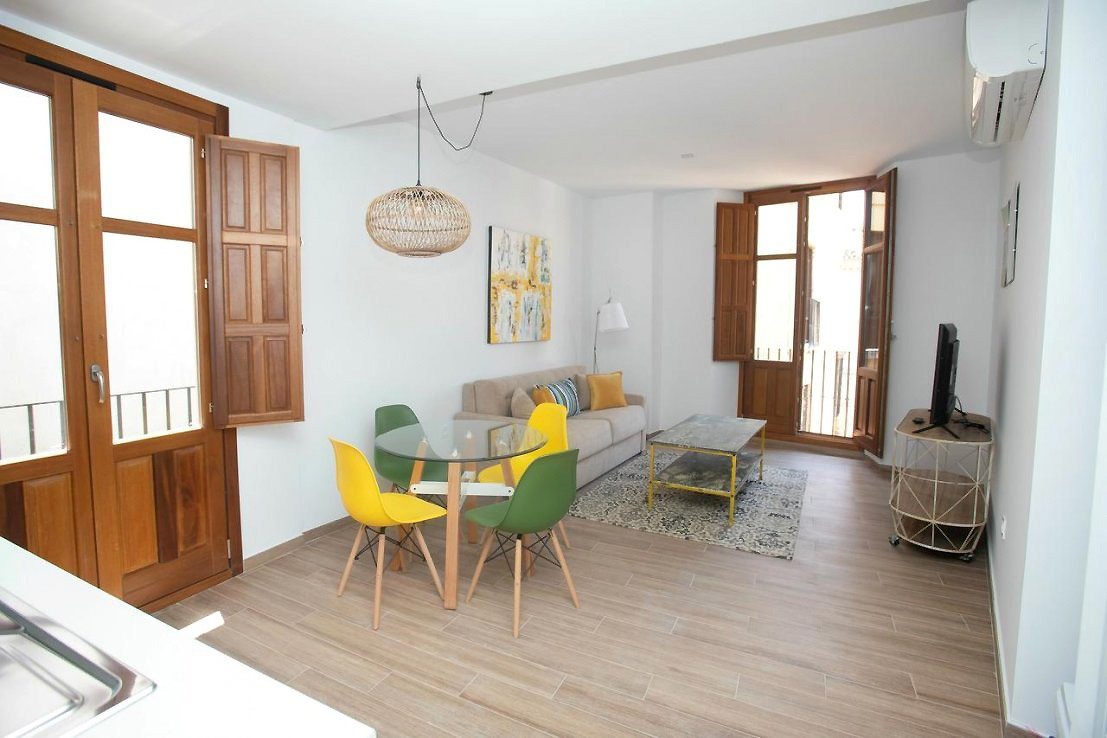 Feelathome Mártires Apartments Two Bedrooms Duplex
