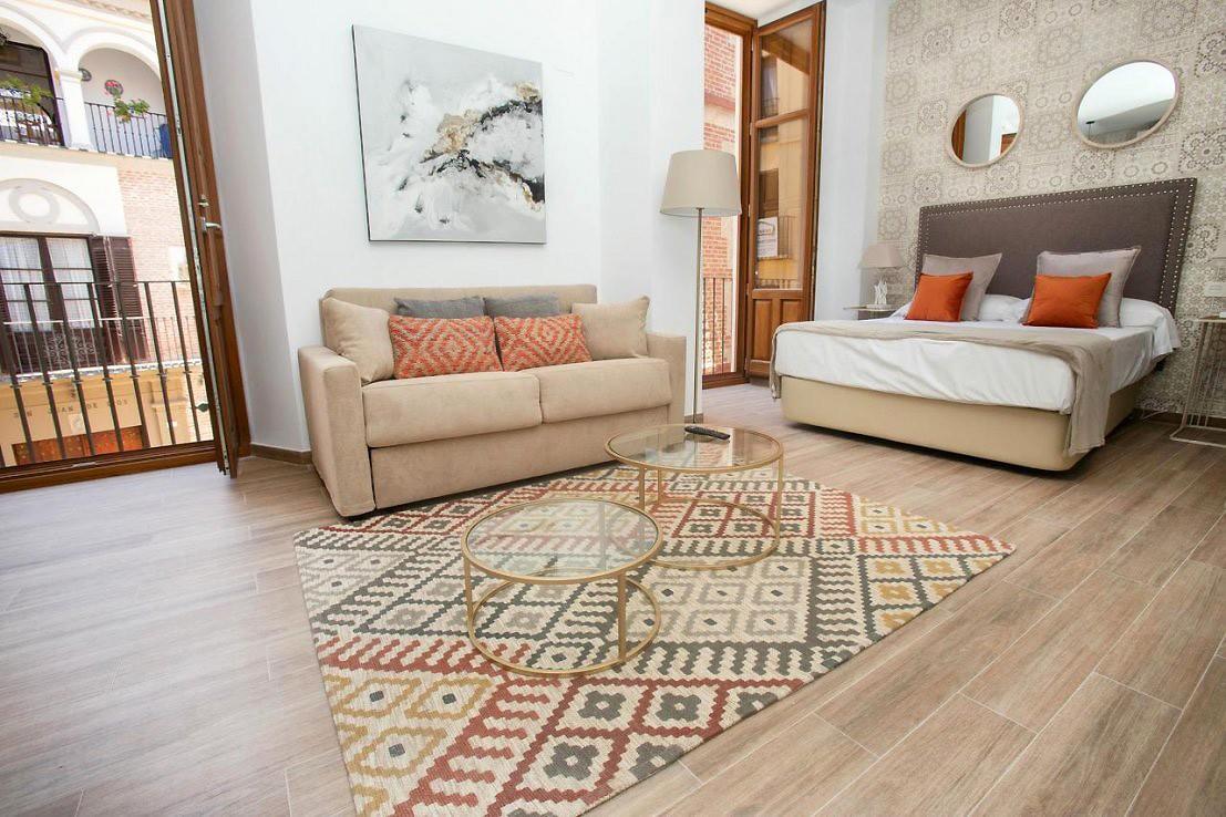 Feelathome Mártires Apartments Studio Apartment