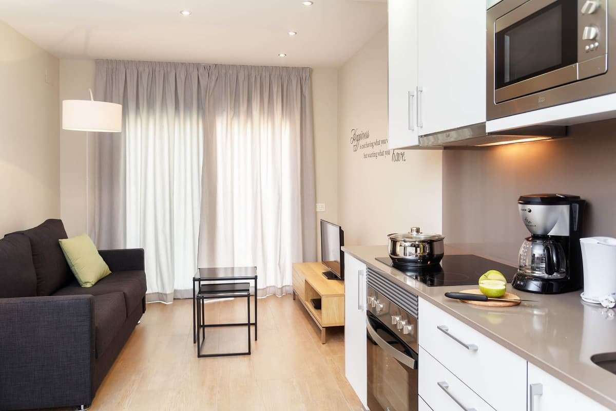 Feelathome Plaza Apartments Fira Barcelona Barcelona Apartments # Meuble Tv Sonorise