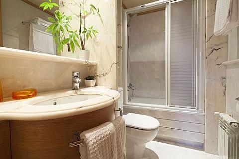 https://www.feelathomeapartments.com/Apartment Gran Via Luxury