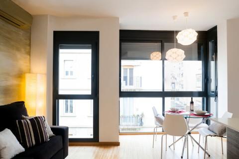 http://www.feelathomeapartments.com/Apartament Marquet III