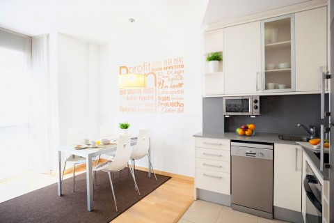 https://www.feelathomeapartments.com/Marquet II Beach Apartment