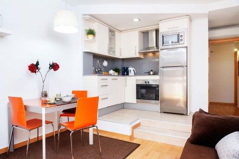 http://www.feelathomeapartments.com/Marquet I Beach Apartment