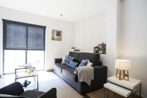 http://www.feelathomeapartments.com/Apartamento Mozart 33