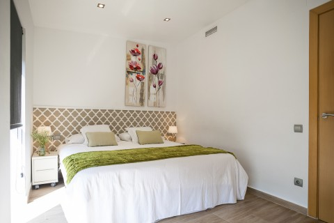 https://www.feelathomeapartments.com/Mozart 42 Apartment