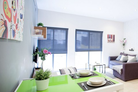 http://www.feelathomeapartments.com/Mozart 13 Apartment