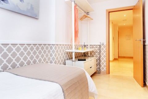 http://www.feelathomeapartments.com/Mozart 23 Apartment