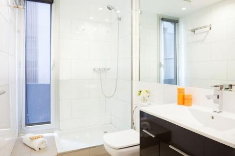 https://www.feelathomeapartments.com/Poblenou Beach 11 Apartment