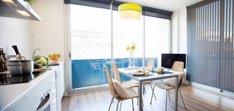 http://www.feelathomeapartments.com/Poblenou Beach 22 Apartment