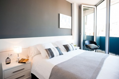 http://www.feelathomeapartments.com/Poblenou Beach 31 Apartment