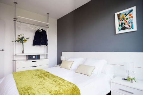 https://www.feelathomeapartments.com/Poblenou Beach 32 Apartment