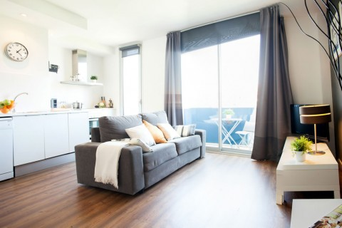 http://www.feelathomeapartments.com/Poblenou Beach 41 Apartment