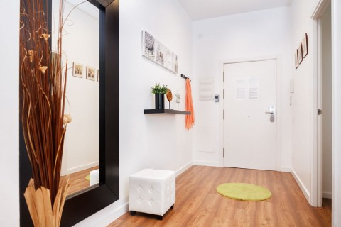 http://www.feelathomeapartments.com/Poblenou Beach B1 Apartment