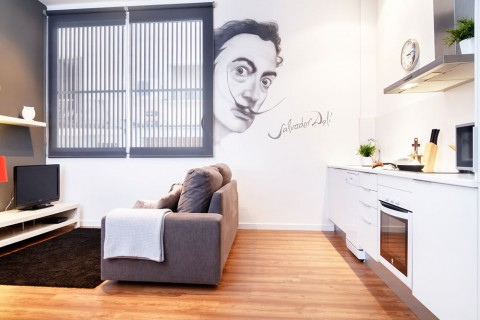 http://www.feelathomeapartments.com/Appartement Poblenou Beach B2