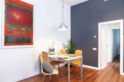 http://www.feelathomeapartments.com/Apartamento Poblenou Beach B2