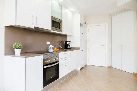 https://www.feelathomeapartments.com/Plaza 33 Apartment