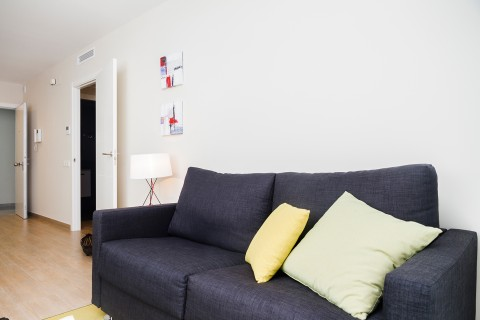 http://www.feelathomeapartments.com/Plaza 28 Apartment