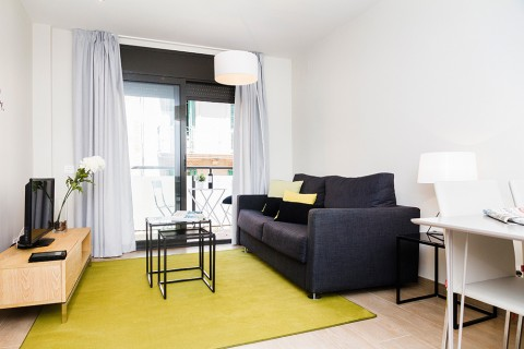 http://www.feelathomeapartments.com/Plaza 15 Apartment