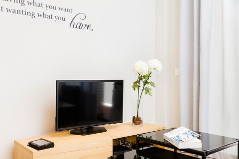 https://www.feelathomeapartments.com/Plaza 25 Apartment