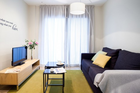https://www.feelathomeapartments.com/Plaza 21 Apartment