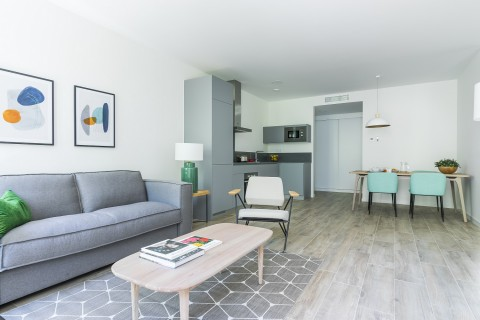 https://www.feelathomeapartments.com/Goya Suites Apartment with Two Bedrooms